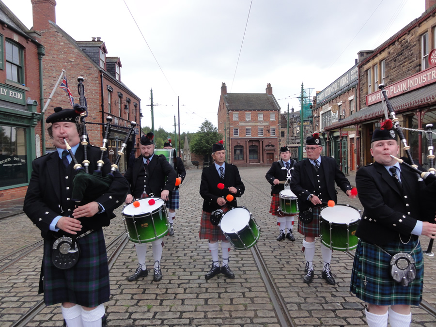 Wedding Pipe Band Marching